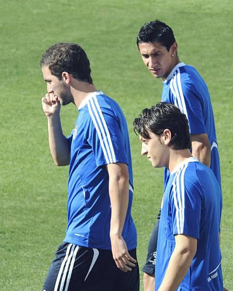 Gonzalo Higuain&Mesut Ozil&Angel Di Maria.jpg