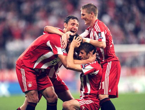 Thomas muller,Bastian Schweinsteiger,Toni Kroos,FC Bayern Munich