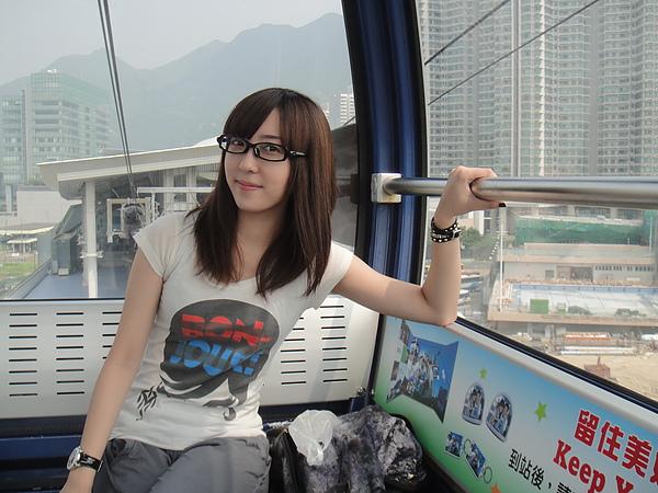 我~我坐在纜車上!!
