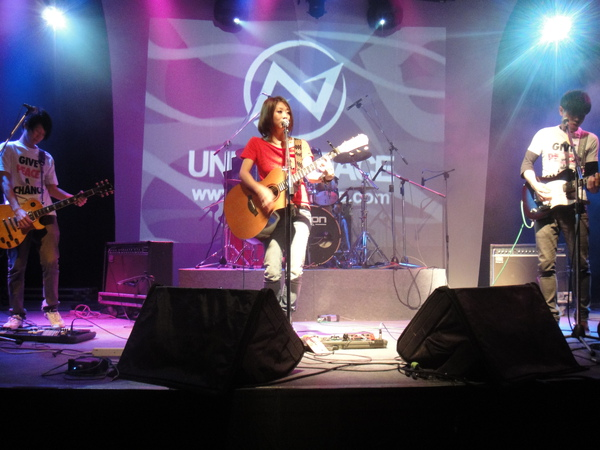 under peace演唱會~