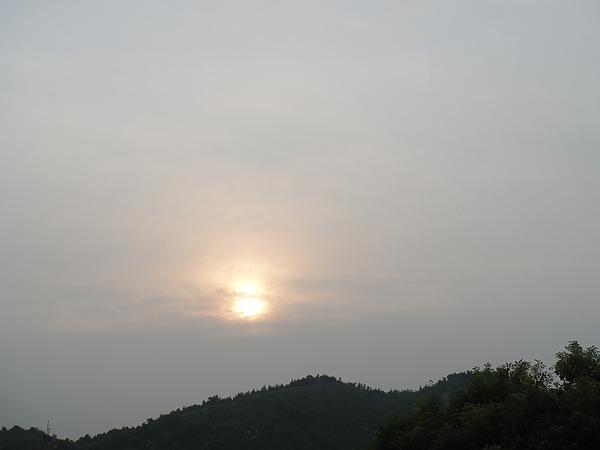 飛到空中看夕陽~