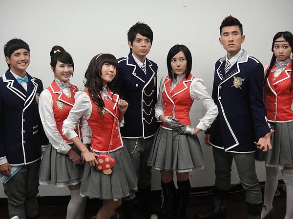 萌學園系列~~今年一月拍的定裝照!