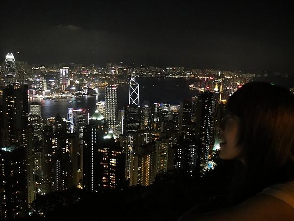 哇~夜景真漂亮~