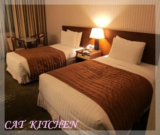 飯店床鋪.JPG