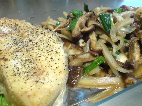 鱈魚和奶油香菇