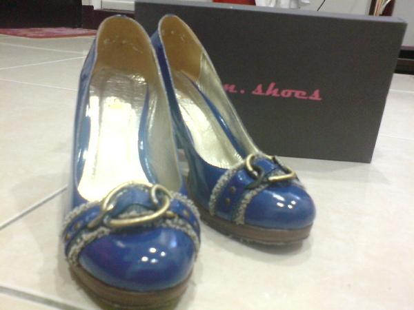 EM shoes寶藍色亮皮高跟鞋
