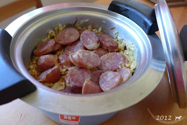 20121021-高麗菜香腸炊飯-04