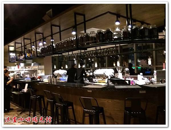 湛盧咖啡瑞光館 09