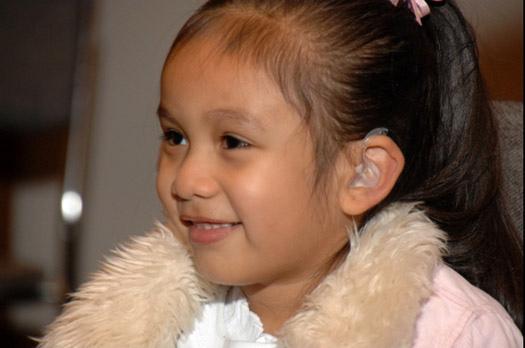 助聽器女孩 11