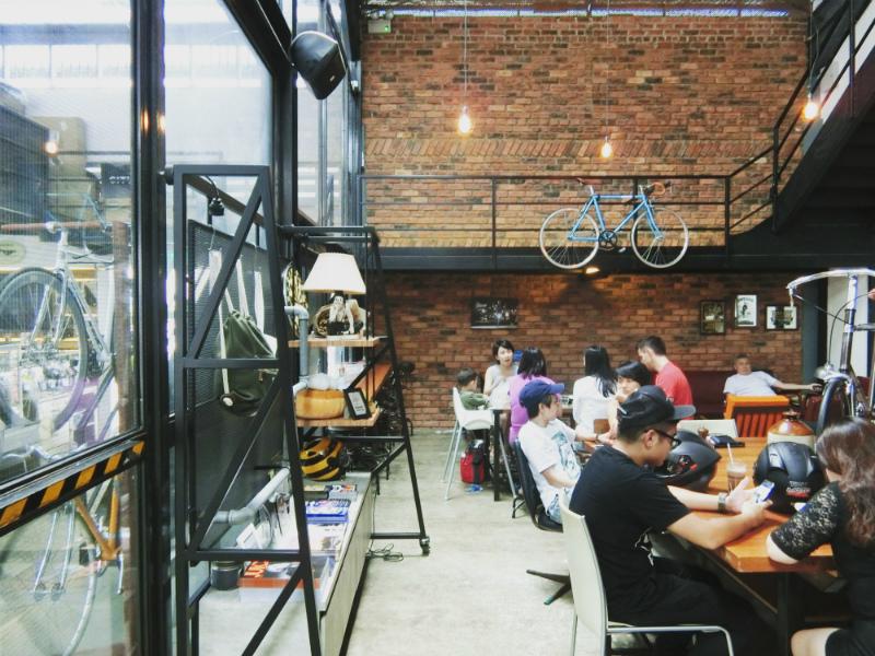 BIKE CAFE1.jpg