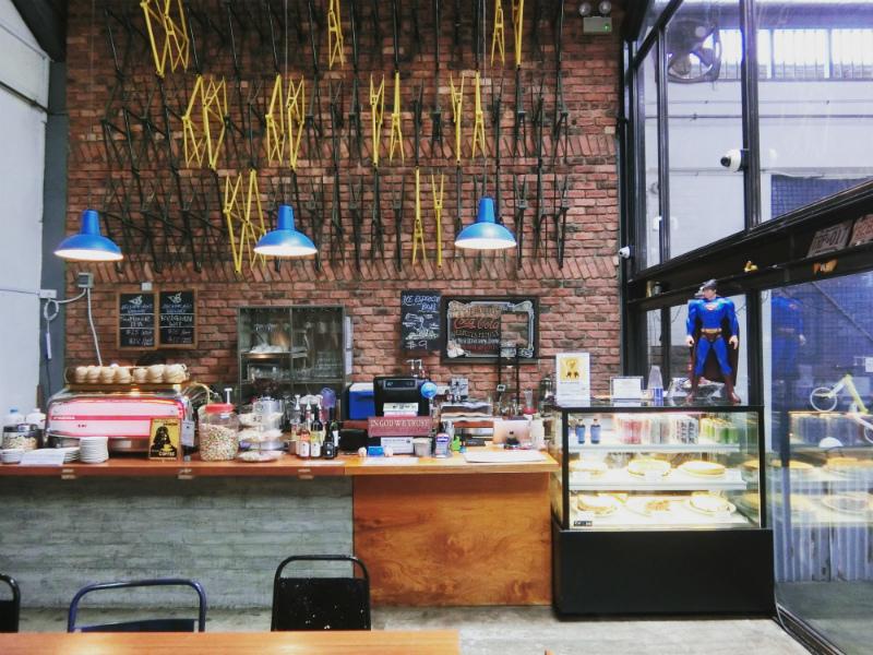 BIKE CAFE4.jpg