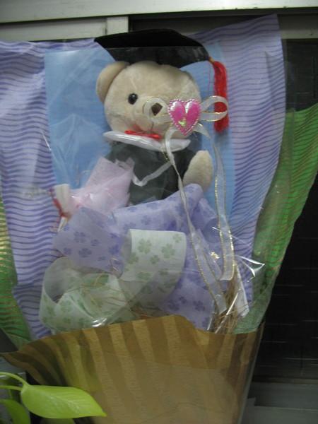最應景可愛的就是你啦--博士小熊花束