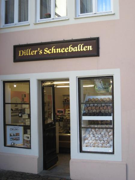 羅騰堡的雪球特產