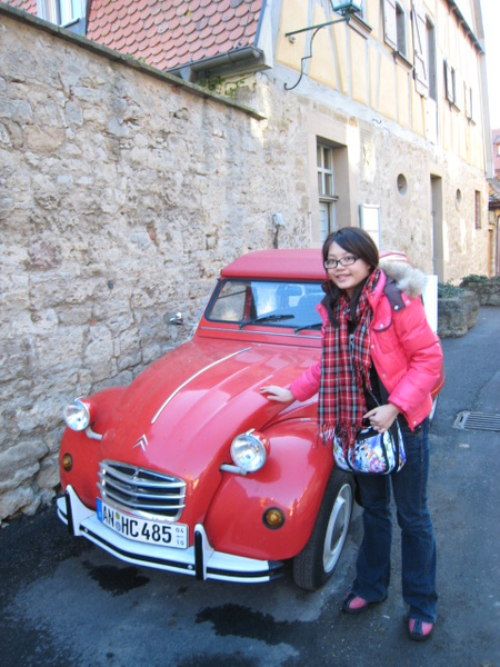 我與路邊古董小汽車
