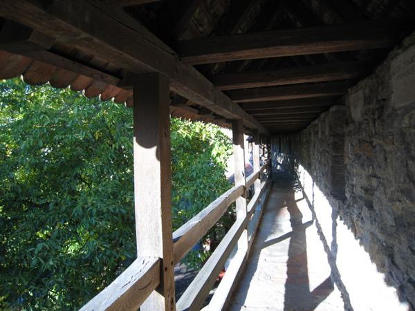 走一段幽靜的羅騰堡老城牆是一大享受