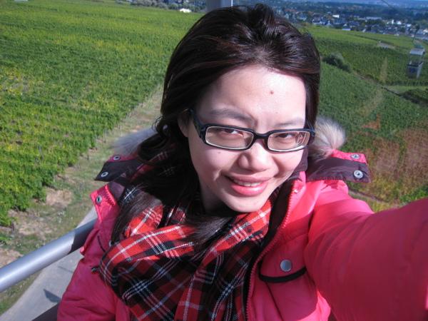 纜車上的自拍,風超大的!!