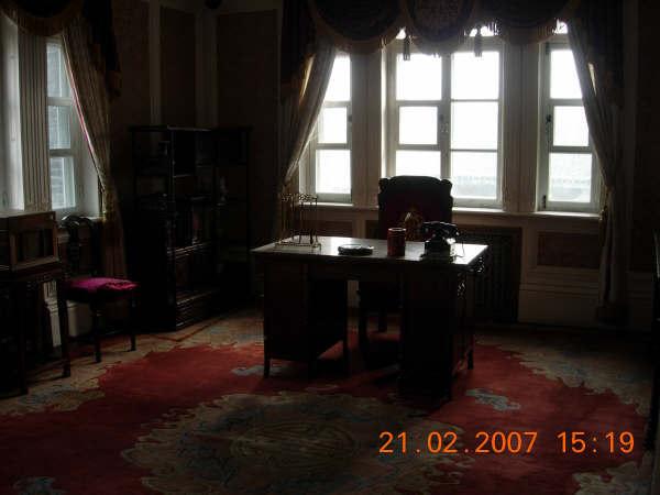 偽皇宮一角--琬容皇后的客廳