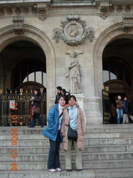 巴黎歌劇院前