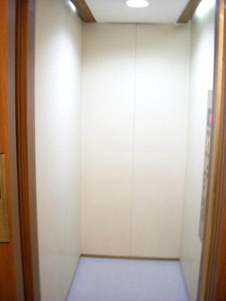 答案揭曉--電梯