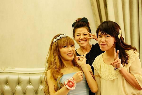 Nana's wedding-20131103-042.jpg