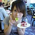 葉子是巧克力也可以吃喔!