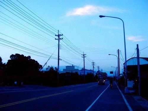 清晨五點多的台3線卓蘭→東勢段