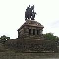 7-1 Koblenz 在德意志角Deutsche Eck俯瞰的威廉一世