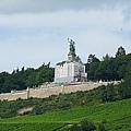 Rüdesheim 遠眺勝利女神像
