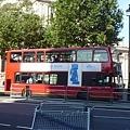 大多數的雙層公車已經換成新的了