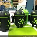 PM三人組都抽到一隻黑綠安卓 XD