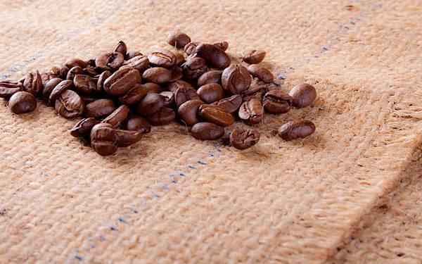 曼巴咖啡豆.jpg