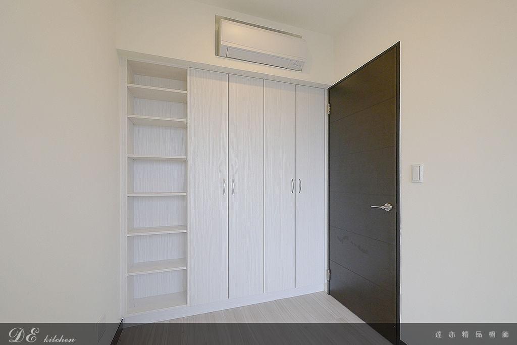 「系統家具 System furniture」新北市新莊區 中正路