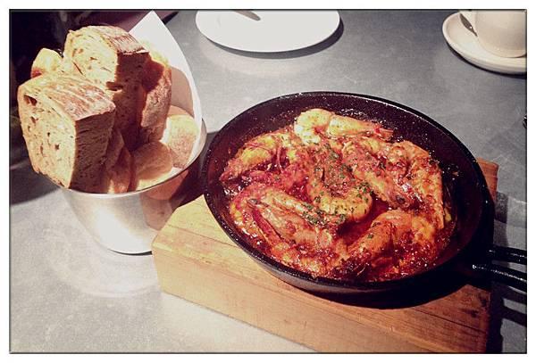 綜合麵包90+西班牙蒜味蝦250
