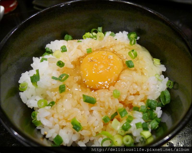 生蛋拌飯250日元