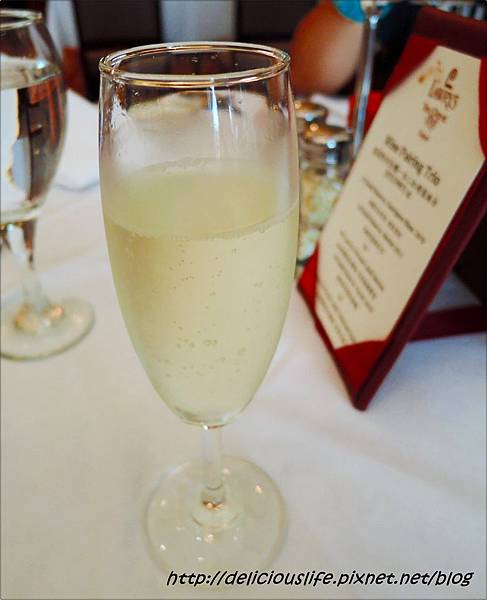 餐前開胃飲品-香檳汽泡酒