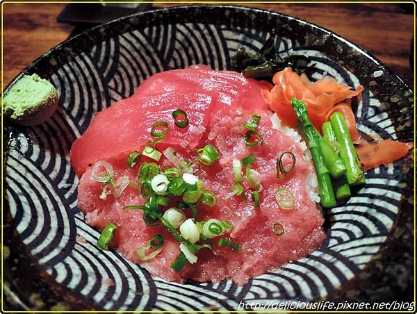 鮪魚雙色丼220