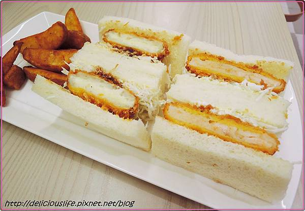 炸蝦排三明治&可樂餅三明治220