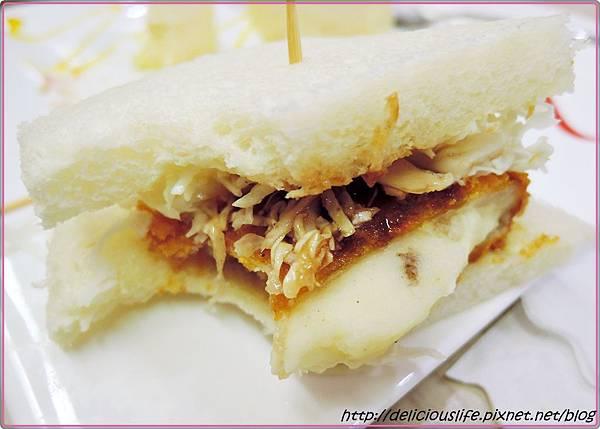 可樂餅三明治2