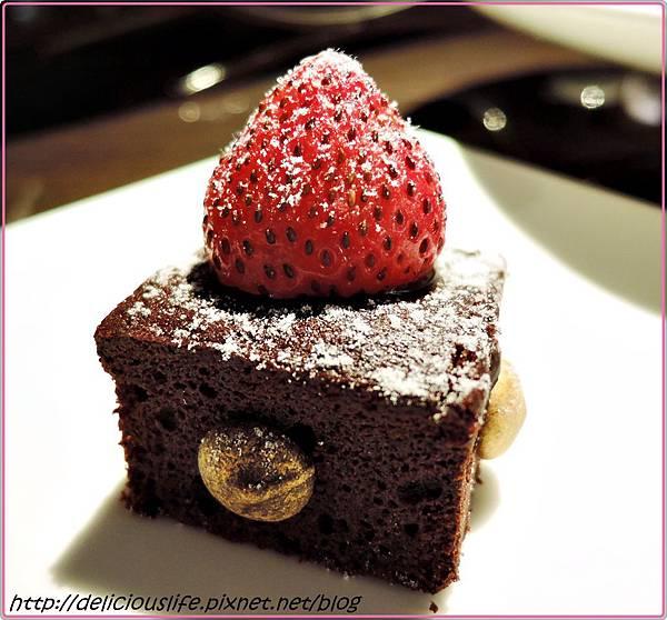 古典巧克力蛋糕1