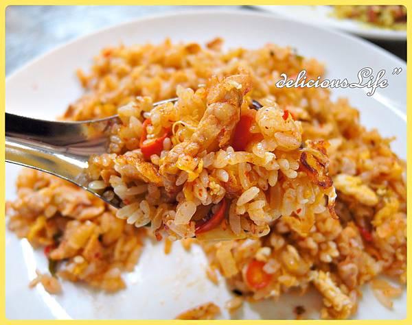 韓國泡菜蛋炒飯1