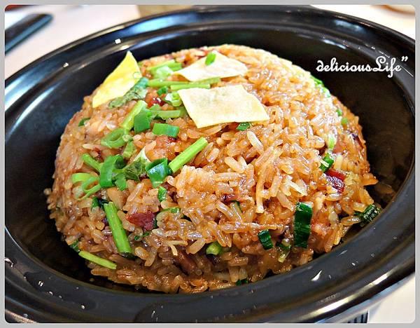 砂窩瑤柱臘味糯米飯60rmb