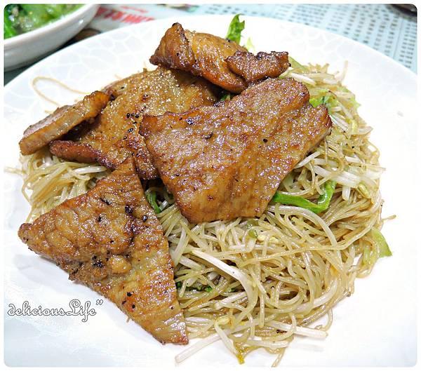 豬扒炒米1