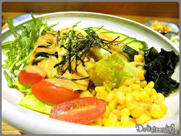 胡麻水菜豆腐沙拉
