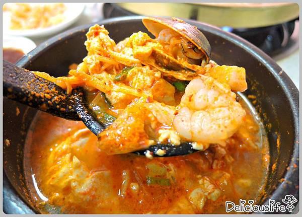 B套餐贈送辣燉豆腐鍋2