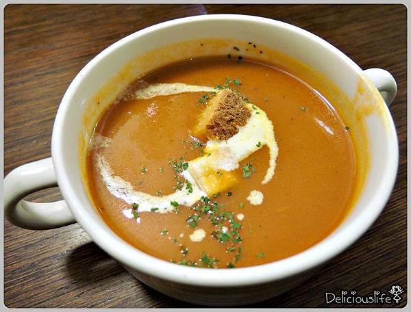 升級套餐蕃茄濃湯1
