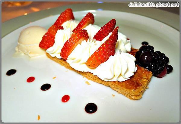 草莓千層派2