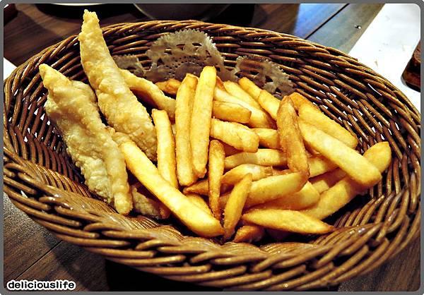 酥炸鮮魚片+薯條149-1