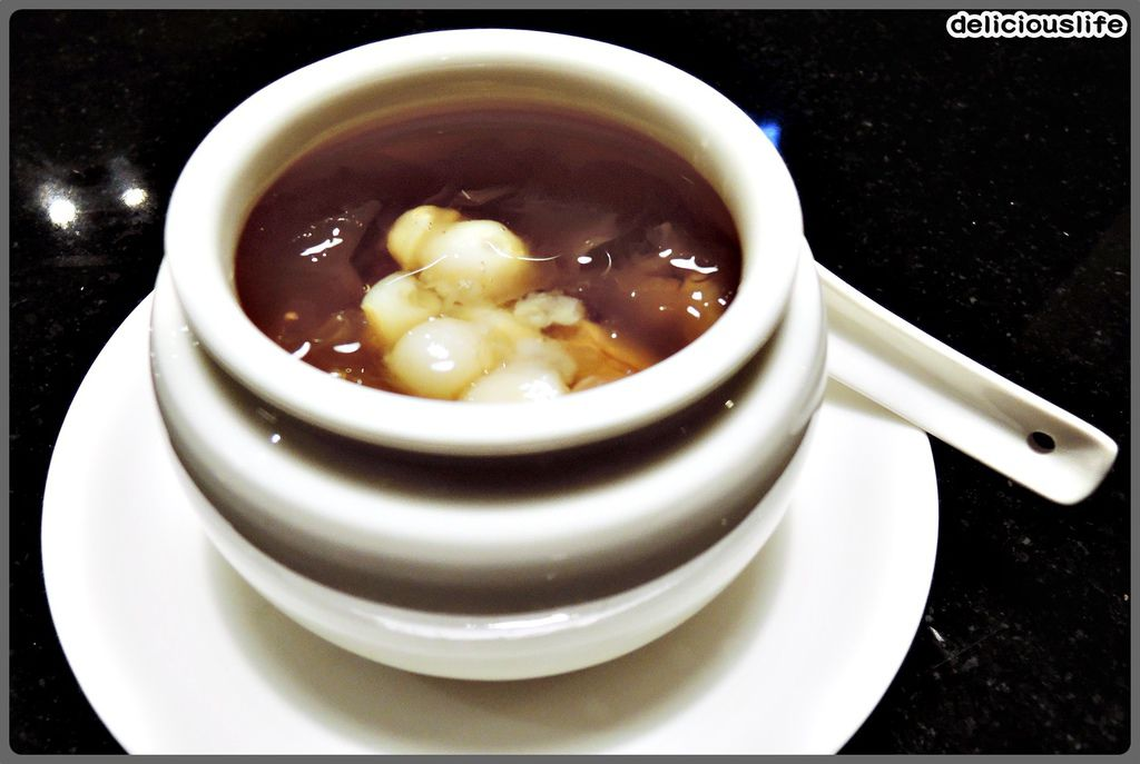套餐甜點-獨家秘方銀耳蓮子湯-1