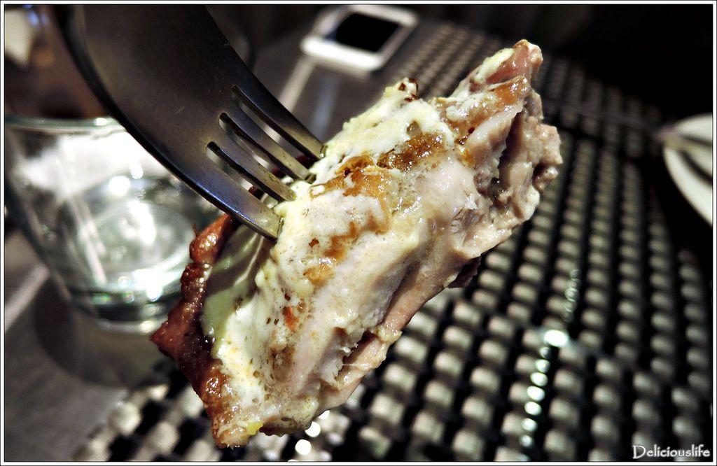 爐烤半雞佐法式白醬320-4