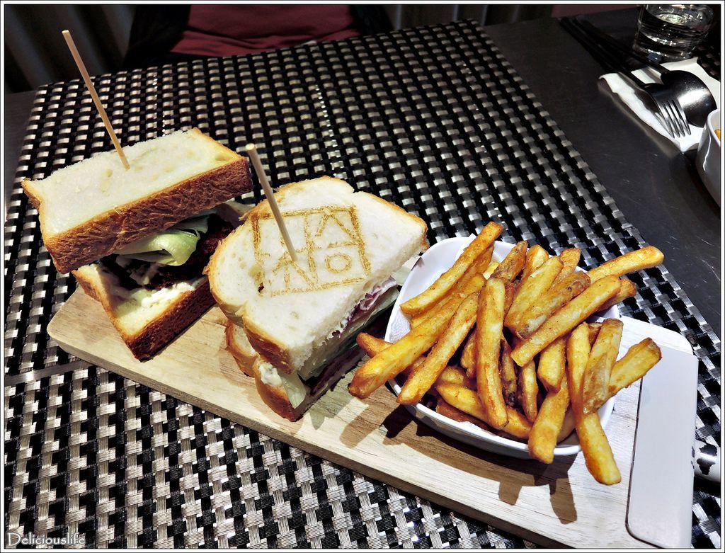豬跳油三明治200-1